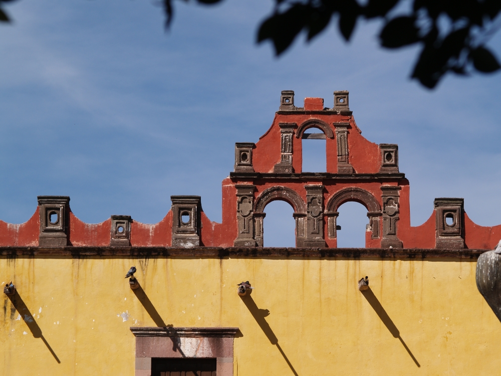 Roofline of the Colegio de Sales, San Miguel de Allende, Mexico