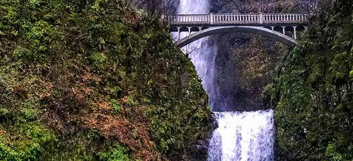 Multnomah Falls, 30 minutes drive from Portland, Oregon, is the #1 most visited natural attraction in Oregon.