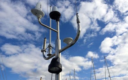 Antennepaal op de Nomas