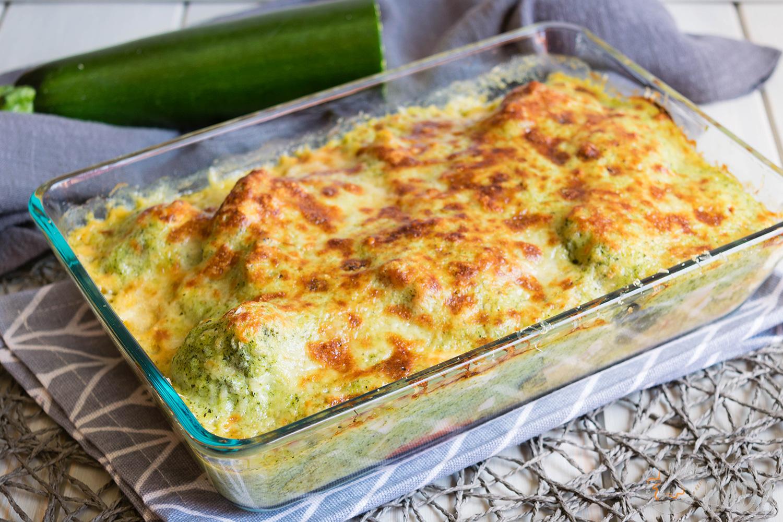 Brócoli gratinado con bechamel de calabacín