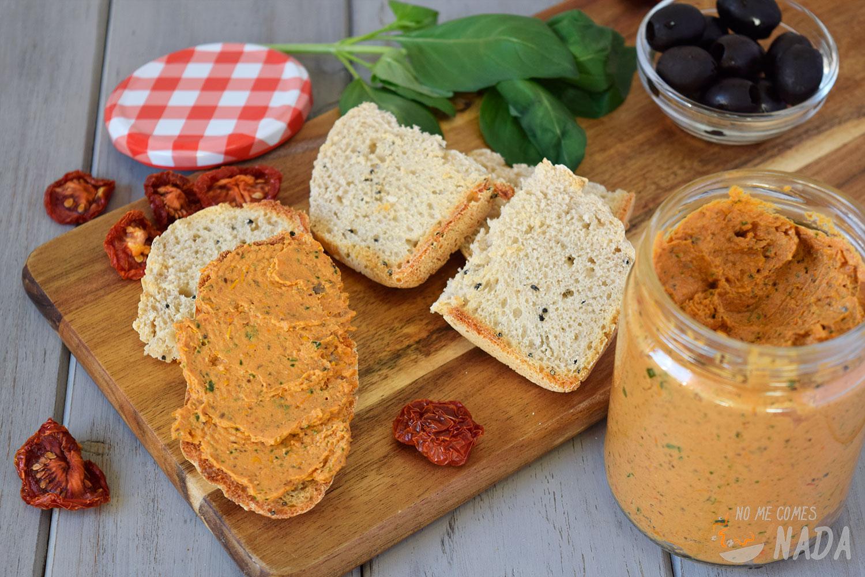 Tapenade-tomates-secos-y-queso-de-cabra