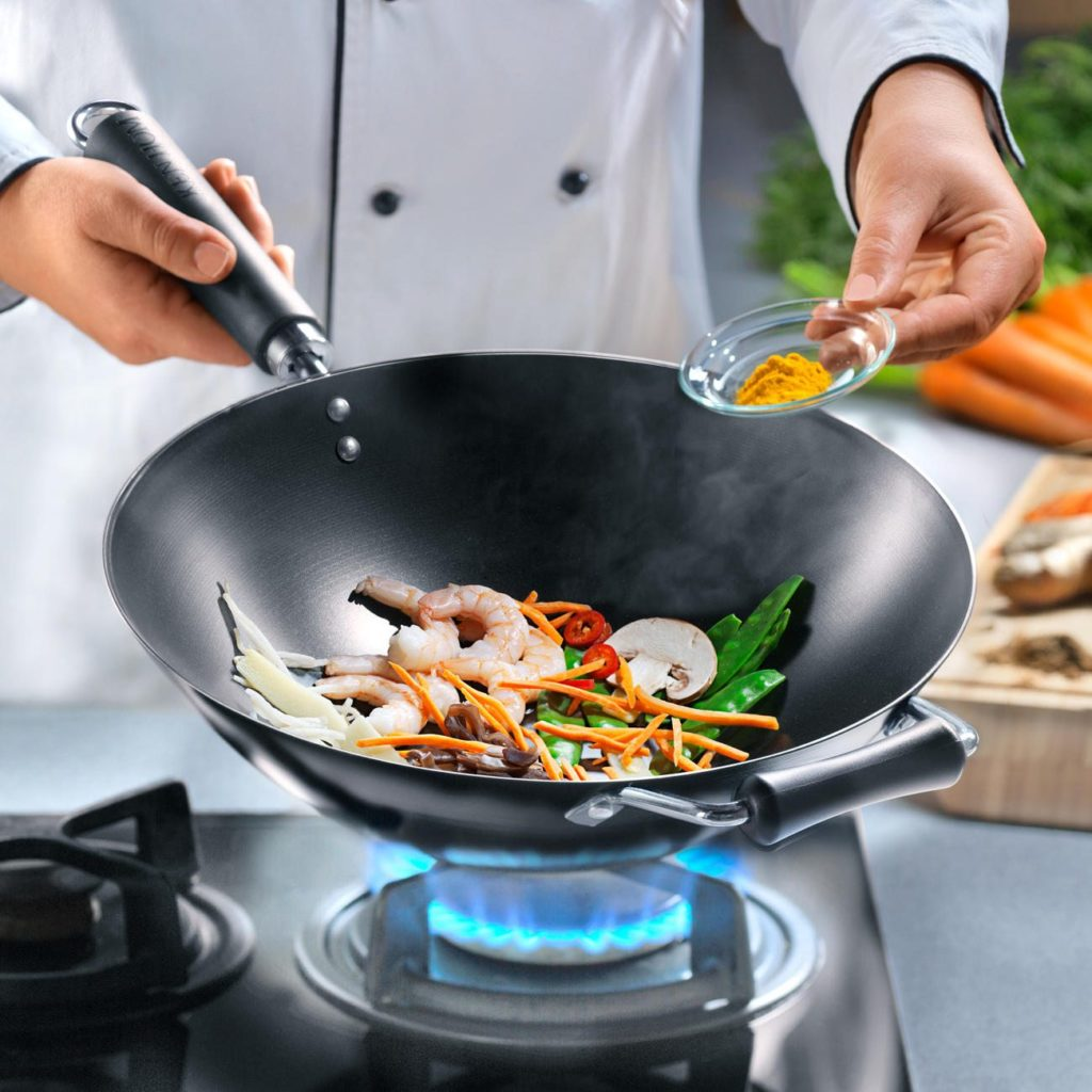 best 14 inch carbon steel woks with a flat bottom