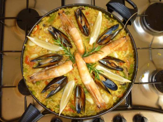 paella- The Best Things to Eat in Europe
