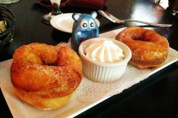 Fried Donuts from Tabard Inn