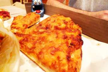 Cheese Pizza @ Shakey's Pizza Manila Philippines