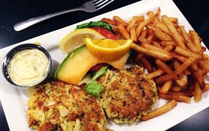 Maryland Crabcake Dinner @ Parkway Deli