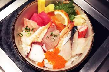 Sushi Sashimi Bowl $30 @ Cho Oishi Los Angeles California