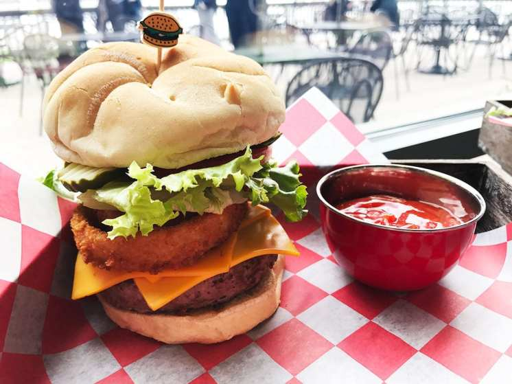 Craft-Burger-@-Triple-Craft-2