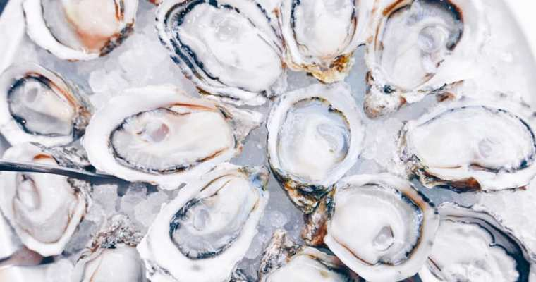 Fanny Bay Oyster Bar Vancouver | Seafood Restaurant Shellfish Market