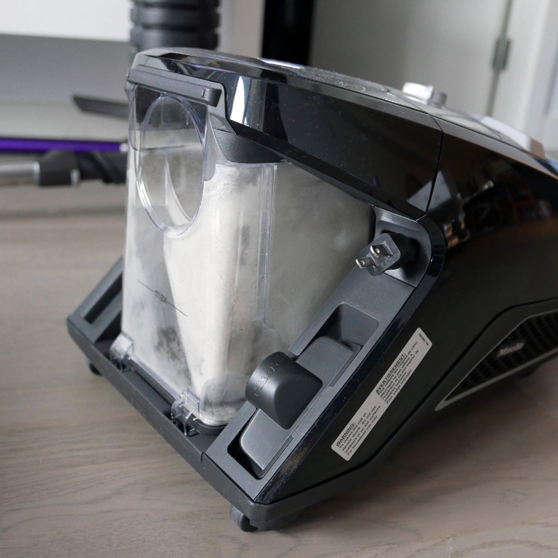 MIELE BLIZZARD CX1 BAGLESS VACUUM NOMSS LIFESTYLE BLOG