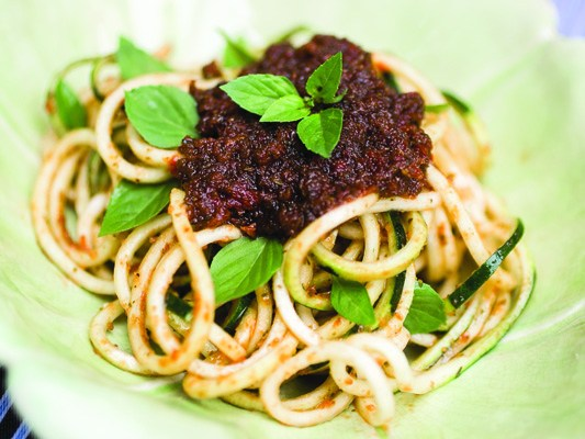 Meatless Zucchini Bolognese | EAT AT HOME COOKBOOK