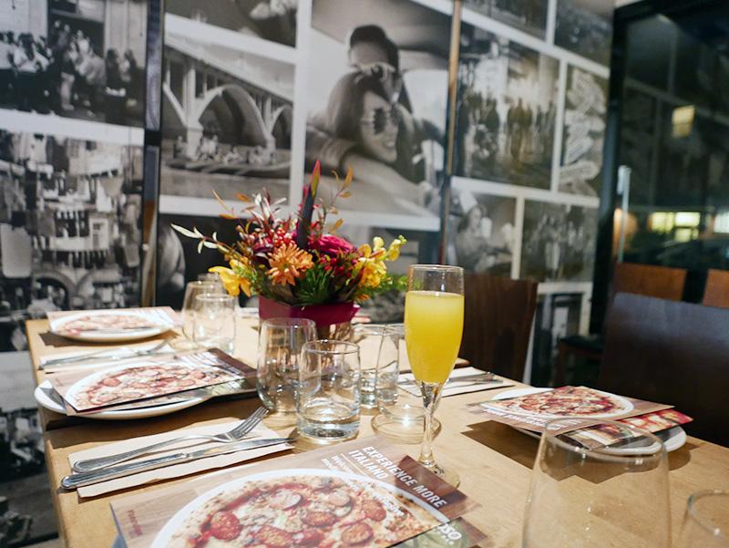 amoso Italian Pizzeria Neapolitan Pizza New Menu Italian Food NOMSS.COM CANADA FOOD RECIPE BLOG