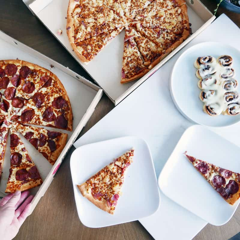 Cinnabon cinnamon rolls Launch in BC with Pizza Hut