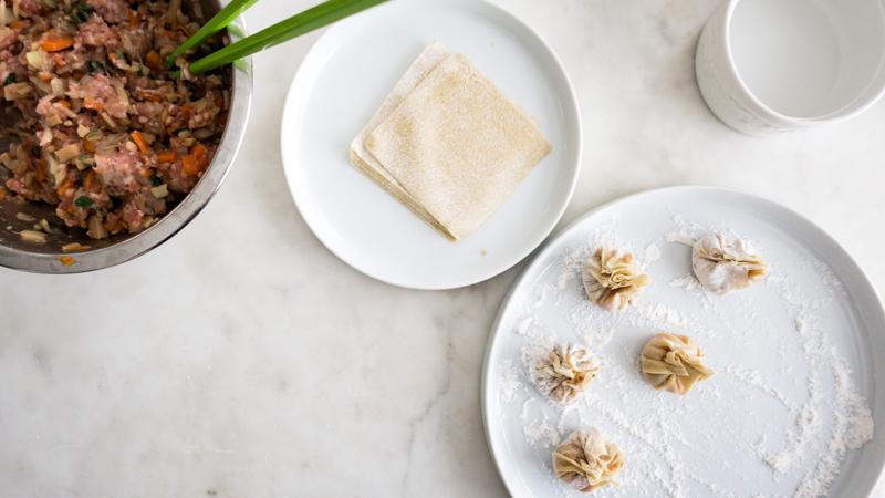 Steamed Vegetarian Vegan Seafood Money Bag Dumplings Chinese New Year Lunar Eve Reunion Dinner Dishes Menu 年菜平安金福袋 賀年菜 簡單易做 新年菜 賀年菜 團年飯 開年飯 宴客菜式