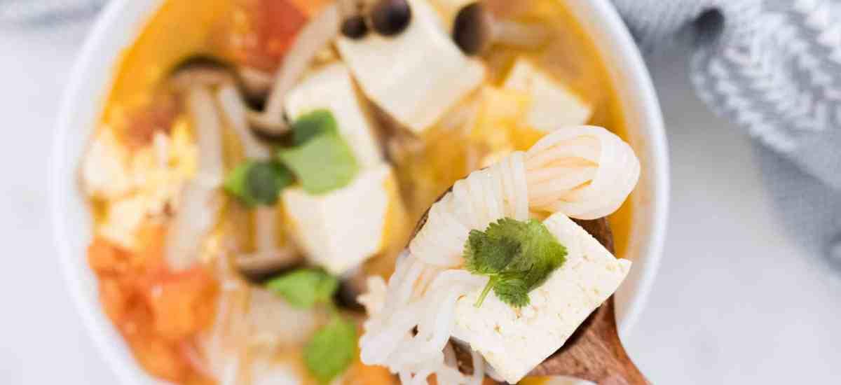 Lazy Keto: 10 Minute Tomato Tofu Soup 蕃茄鴻喜菇豆腐湯生酮減肥