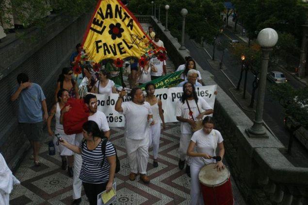 A Cambada de Teatro surgiu depois de uma intervenção artística sobre o massacre de Carajás