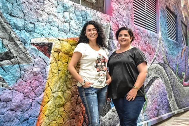 Maurem Kayna e Clarissa Xavier participam ativamente do Leia Mulheres (Foto: Sidd Rodrigues/Nonada)