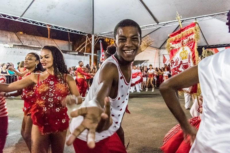 Passista da Imperadores do Samba (Foto: Gisele Endres/Nonada)