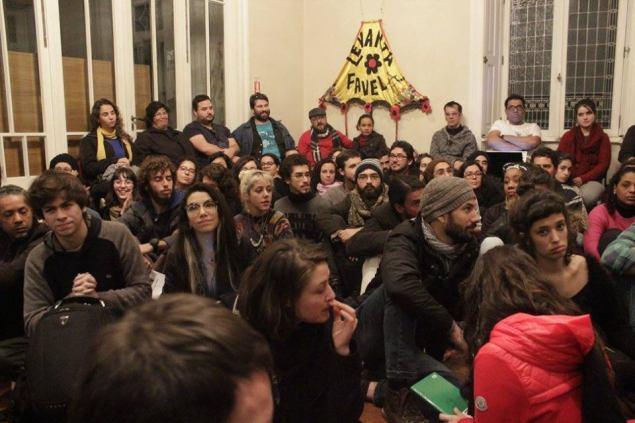 Plenária lotada no Ocupa Minc Porto Alegre (Foto: Fábio Cunha)