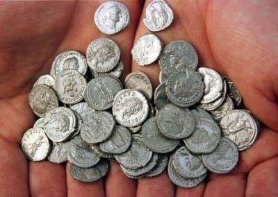 trenta monete di giuda