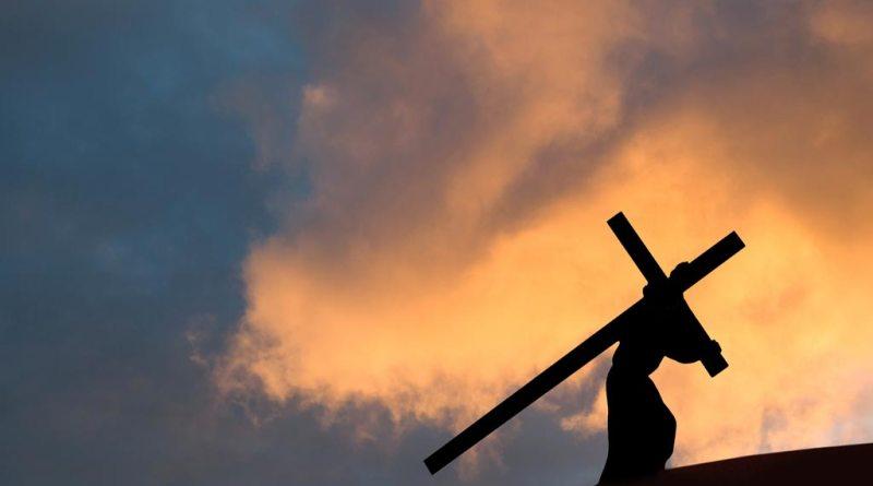 portare la croce