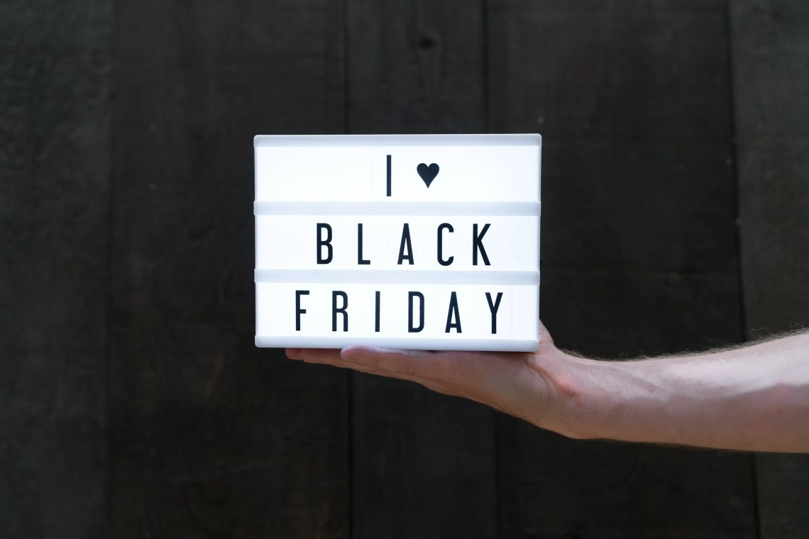 Black Friday sale 2017 and the best Cyber Monday deals 2017 for bloggers and entrepreneurs