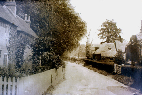 Easole-Home Farm & Sandwich Road