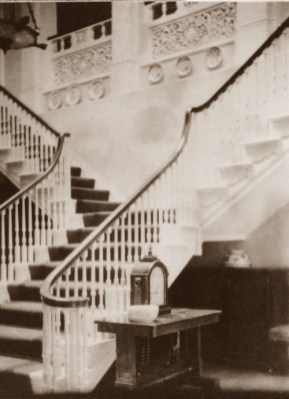 The magnificent staircase at Fredville House.