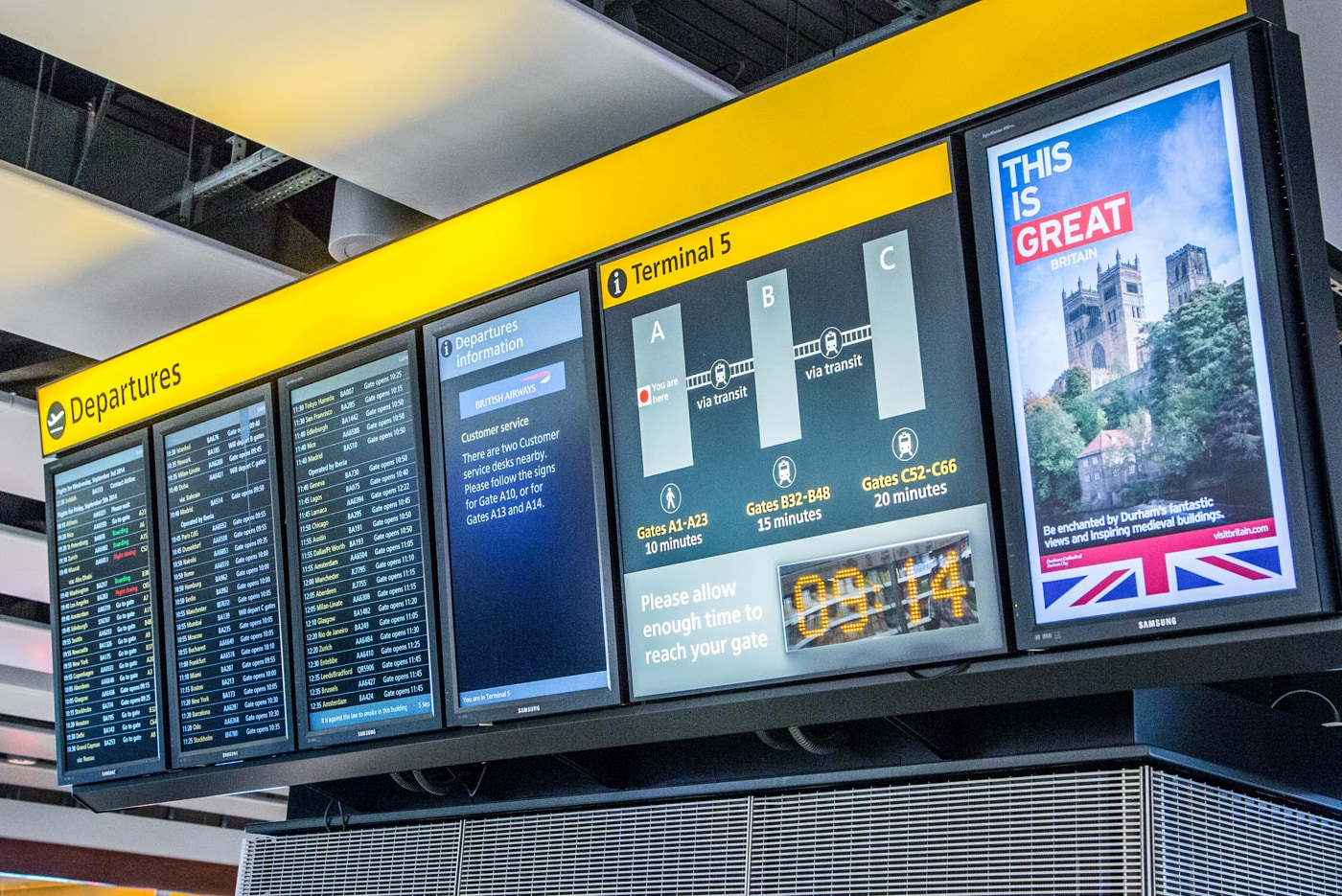 Heathrow Flight Information Displays