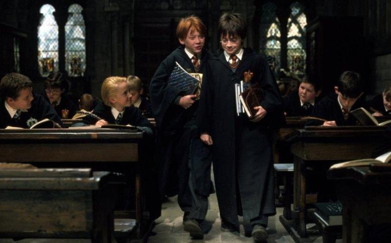 Harry Potter e la pietra filosofale citazioni e dialoghi di Chris Columbus con Daniel Radcliffe, Rupert Grint, Emma Watson, quaderni