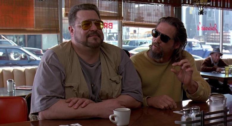 Il grande Lebowski citazioni e dialoghi di Joel Coen con Jeff Bridges, John Goodman, Julianne Moore, Steve Buscemi, Drugo tavola calda
