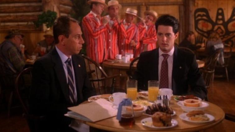 Twin Peaks, la serie tv, David Lynch, Mark Frost, recensione, Kyle MacLachlan
