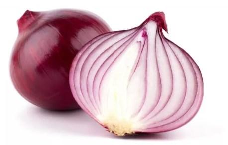 le Cipolle sono uno degli alimenti da non tenere nel frigorifero