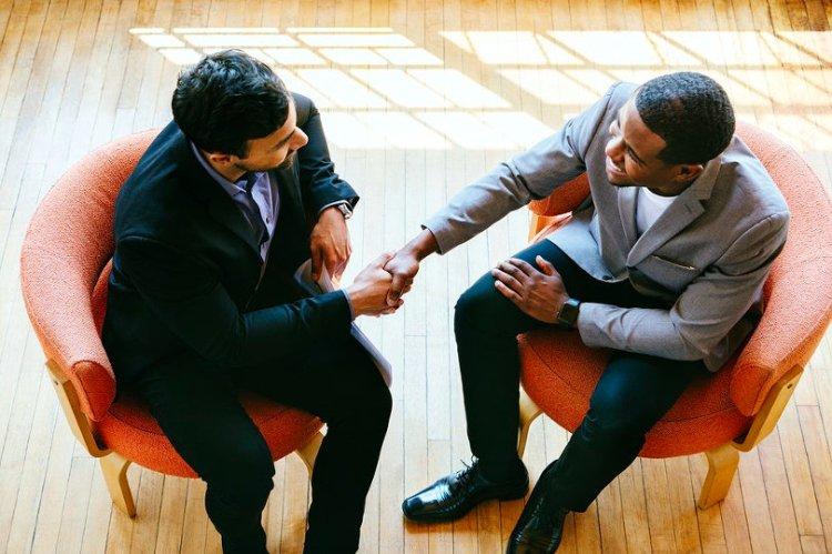 Entrepreneur hiring new employee
