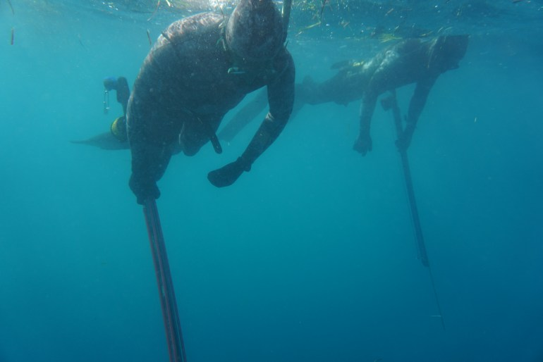 Don't rush your buddy's breathe up and don't be rushed. Spearfishing Buddy Protocol