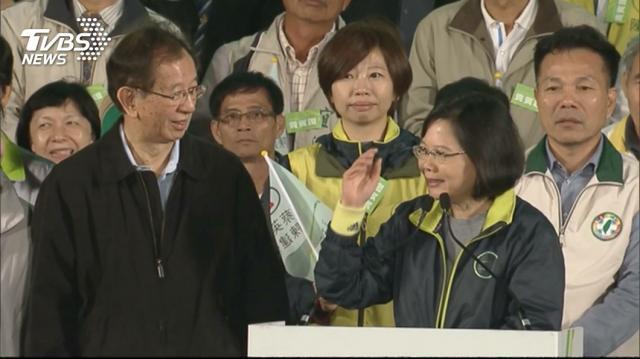 前中研院長李遠哲(左)。(圖/TVBS資料畫面)
