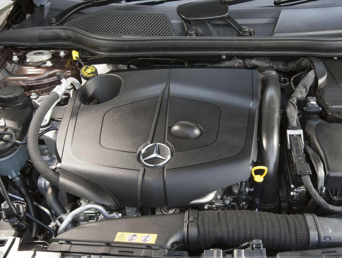 2018 Mercedes-Benz GLA-Class engine