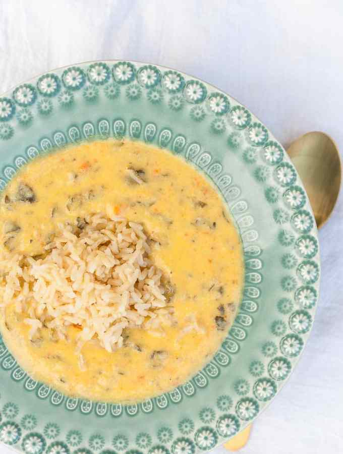 Super Creamy Cauliflower Kale Soup