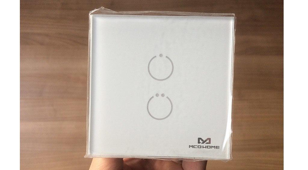 Guide d'utilisation de l'interrupteur tactile Z-Wave 2 charges MCOHOME avec la Zipabox