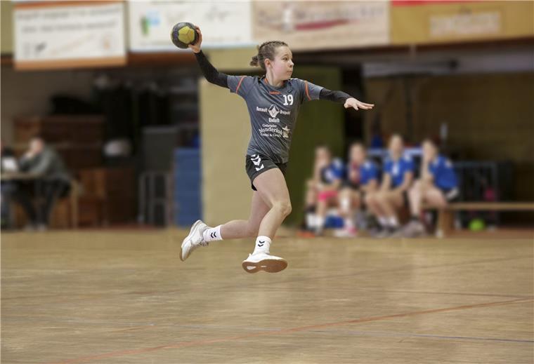 handballerin des elsflether tb auf den