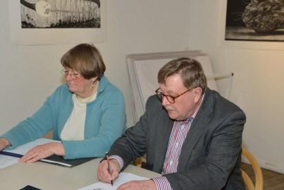 Håkan och Britta leder mötet