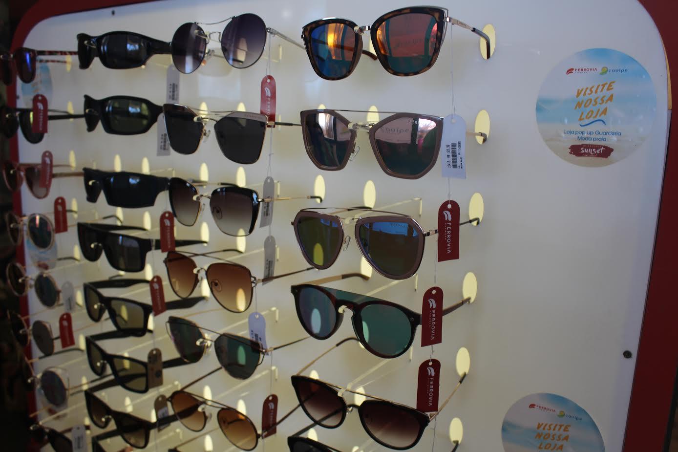 de069a83ecf91 A folia já iniciou na Ferrovia Eyewear! A marca lançou uma super promoção  de Carnaval com óculos a partir de R  79