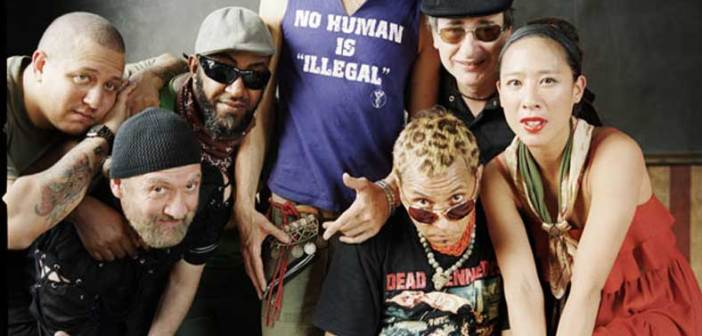 11 di 223   GOGOL BORDELLO live al Festival di Majano. Apriranno i friulani THE HIGH JACKERS