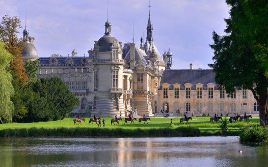 Pferdeshow im Schlosspark, © Hensons