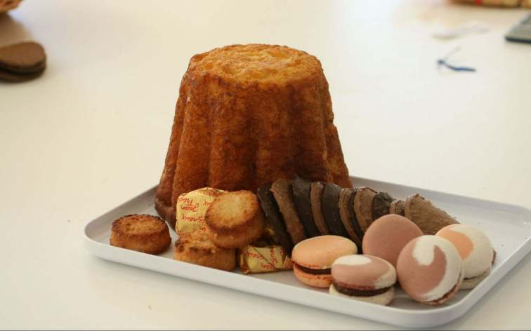 Gâteau battu mit Marcarons, © ARDT 80