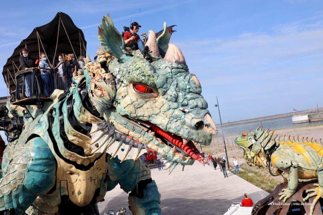 Der Drache von Calais: Monumentale Kunst an der Opalküste