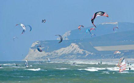 Kiten an der Opalküste, © Eric Desaunois