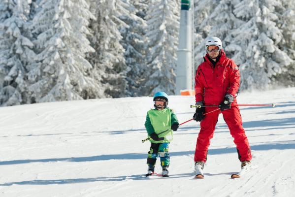 ski-instructor-learning-skiing.jpg