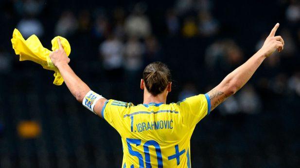 Zlatan Ibrahimovic célébrant son record de but