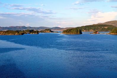 Fahrt durch den Bergenfjord
